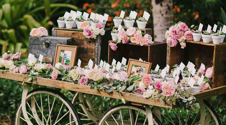 50 Creative Wedding Favors That Will Delight Your Guests